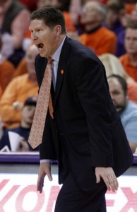 Clemson's Winning Streak Ends on The Road In A Tough Way