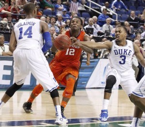 The supposed foul against Clemson's Rod Hall in the final seconds. Photo creds: orangeandwhite.com