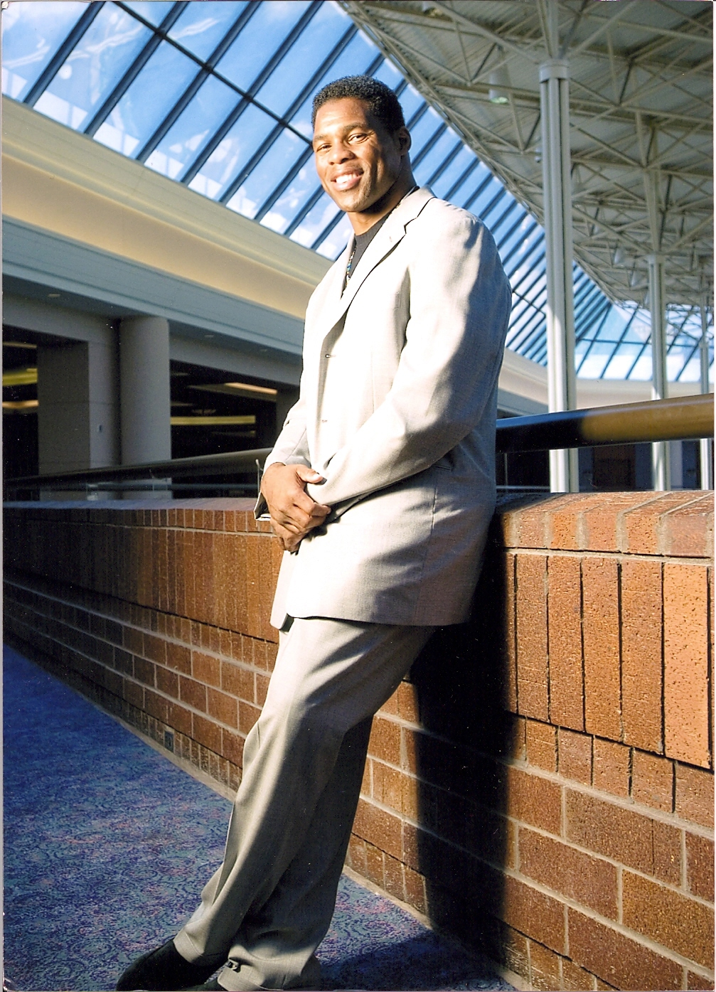 Walker_Herschel in suit