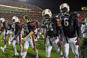 Nick Marshall and teammates head to the locker room after suffering a heart-breaking loss to Texas A&M at home. Image via Bleacher Report.