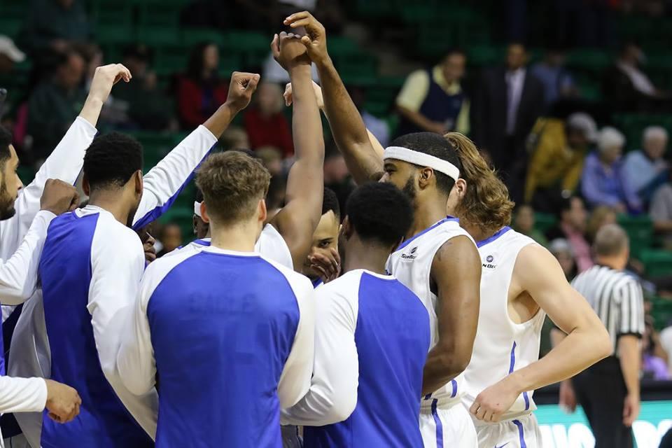 ga State basketball huddle