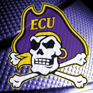 ECU HOOPS OPENS THE SEASON WITH WINS