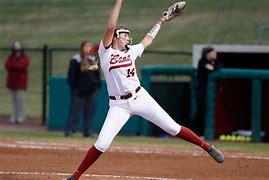 Montana Fouts Named SEC Softball Pitcher of the Week